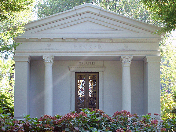 browse private family mausoleums built by rome